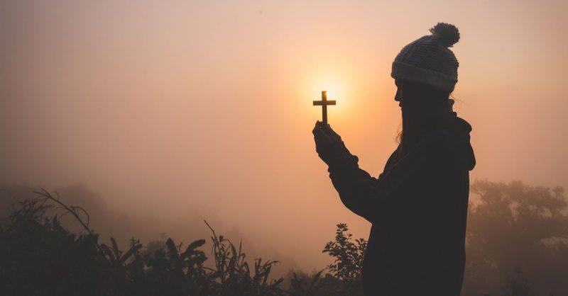¿Cómo orar al espíritu santo para pedir virtudes?