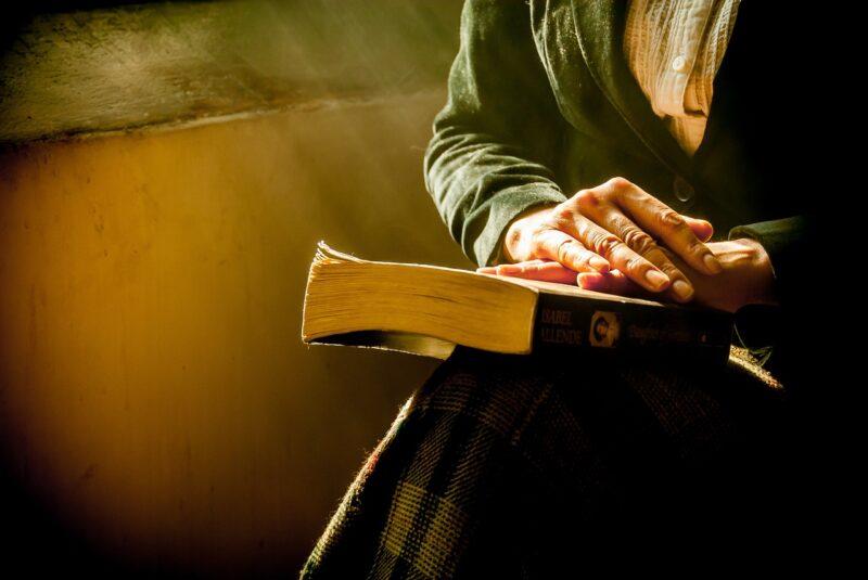 ¿Cómo empezar el día en oración?