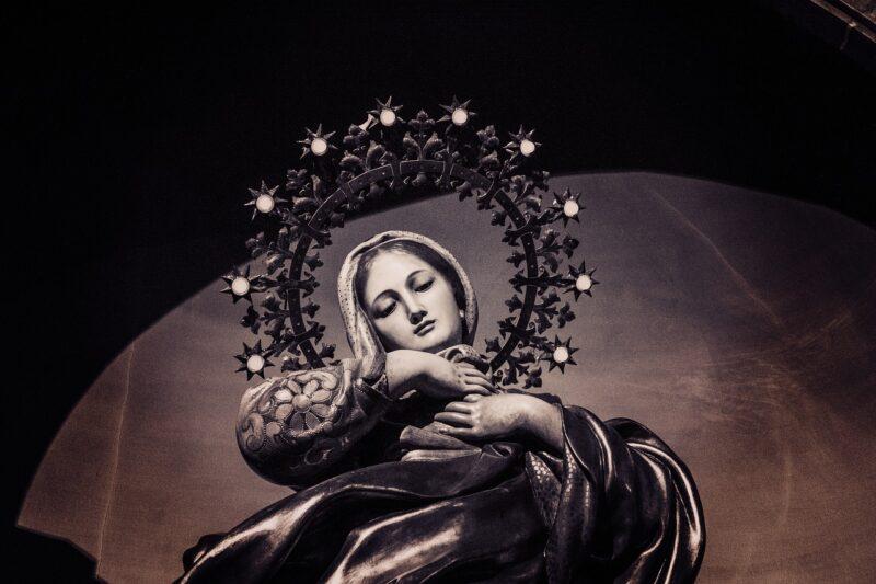 La primera aparición mariana de la historia